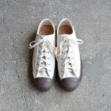 DOEK SHOE INDUSTRIES / COURT - ECRU BROWN
